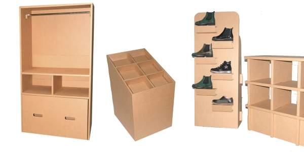tienda con muebles de cartón